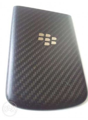 Capac Blackberry Q10 negru nou original